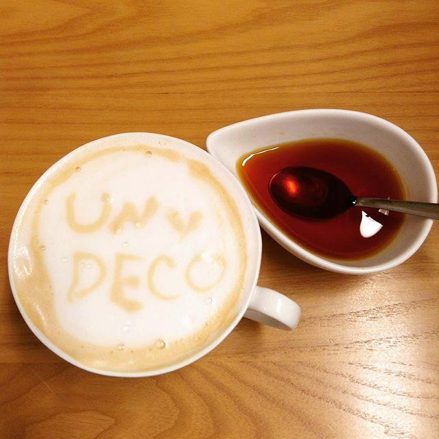 カラメルソース。カラメルソースと温かい牛乳を混ぜるだけで甘くてちょっとほろ苦いホットミルクの出来上がり。#ホットミルク#カラメルソース#アンデコ#レストラン#ランチ#fukushima#kooriyama #undeco#小田原屋漬物店#小田原屋#お漬物バイキング#漬物#お漬物#つけもの#おつけもの#和食#japanesetraditionalfood#otsukemono#food#japanese#baiking#japanesefood#tsukemono#japanfood#foodgasm#foodies#foodie#japanesetradition